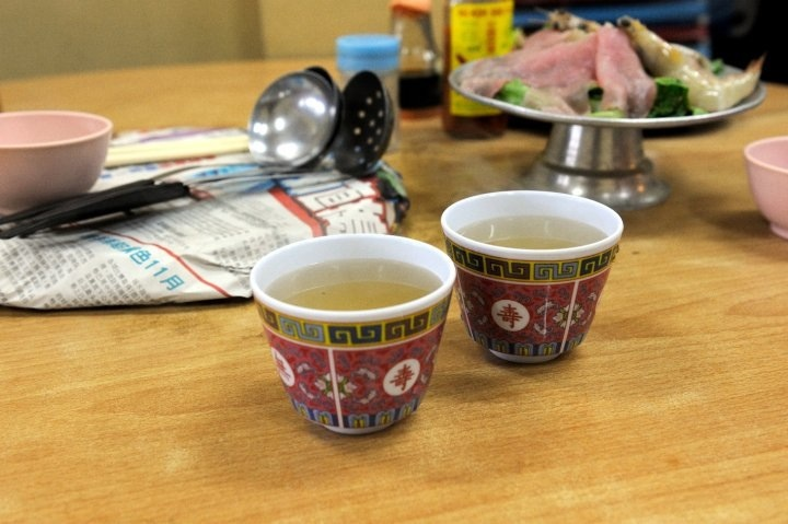 Hot chinese tea for the cold weather. Purfect! (Photo credit: Pravich Vutthisombut)